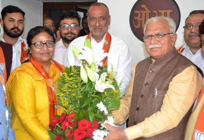 Two senior Cong leaders from Panchkula join BJP