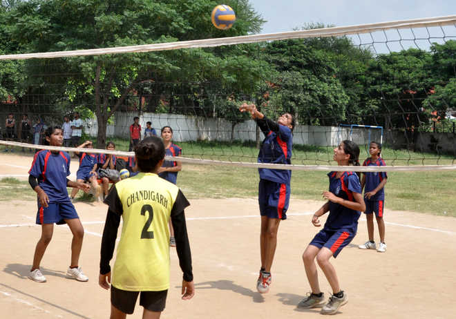 GSC-56 paddlers ease into quarters