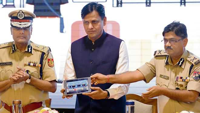 Website, app for rly travellers launched
