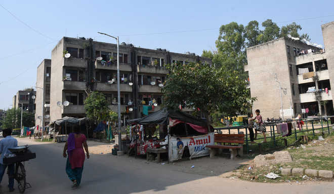Six years on, rehab colony in Dhanas sans boundary wall