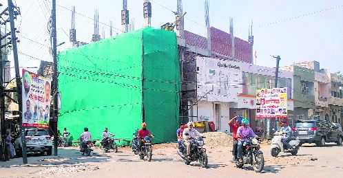 Owners of under-construction building get MC notice