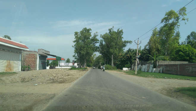Work on Fatehgarh Churian road widening at snail's pace