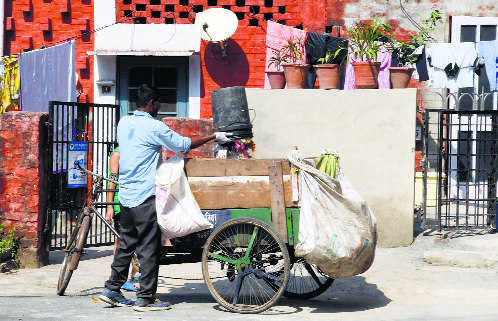 Waste segregation: First day, poor show