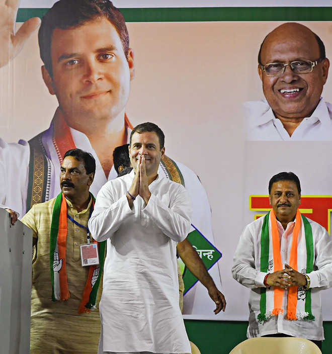 PM, Shah distracting people from core issues, says Rahul