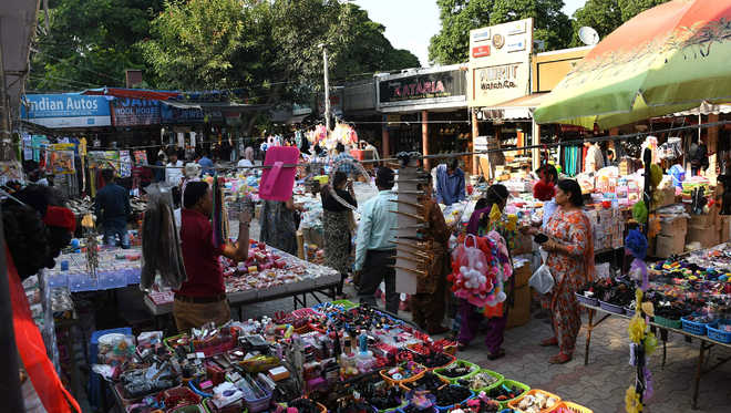 Decision on allowing stalls in markets today