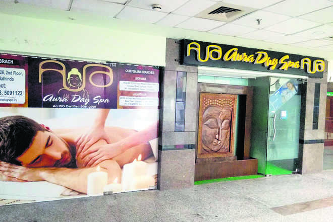 Police crackdown on spa, massage centres