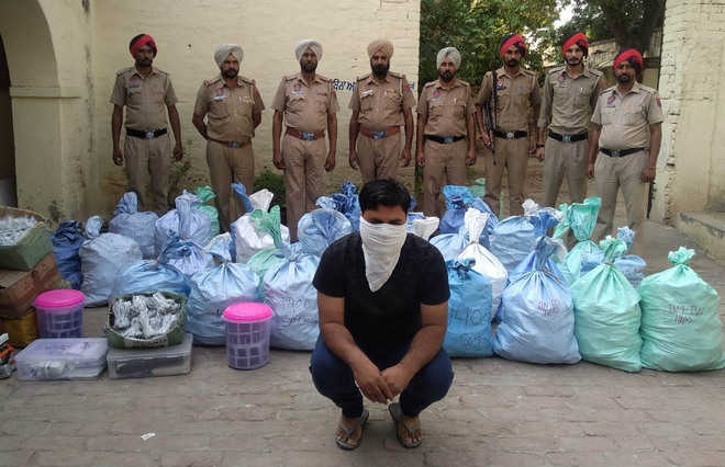 Mansa police bust gang making duplicate phone batteries, chargers