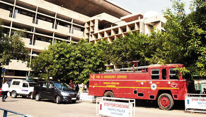 Security up at HC over 'bomb threat'