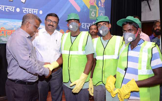 Safety kits distributed among MC workers