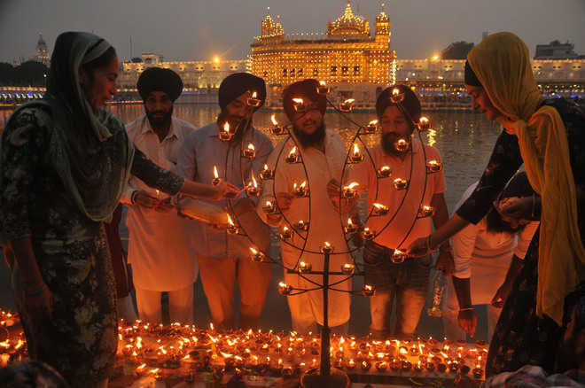 Gurpurb of Guru Ram Das celebrated with devotion