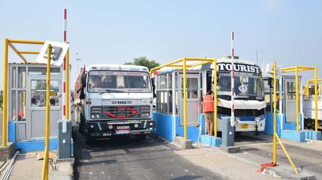 Transporters to hold protest against Sarore toll plaza today