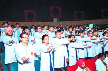 175 MBBS students pledge allegiance to profession