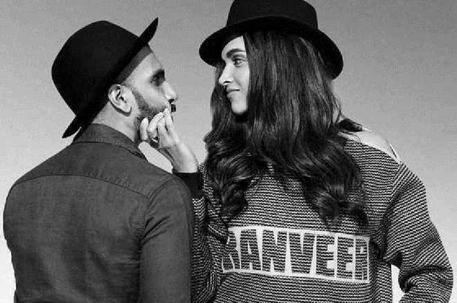 'Ghar aaja, Batati Hoon': Deepika to Ranveer''s cheeky comment