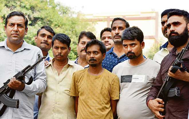 Three held, heroin worth Rs 100 cr seized
