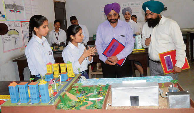 Students display models at science fair