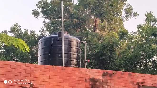 Overflowing water tank