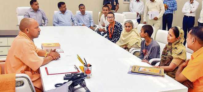 Tiwari's killers identified, CM Yogi assures justice
