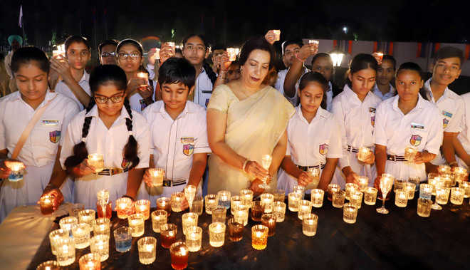 Homage paid to police martyrs