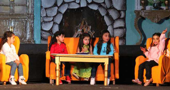 Tiny tots' show mesmerises audience