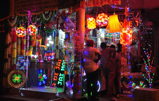 This Diwali too, it's Chinese over Indian goods