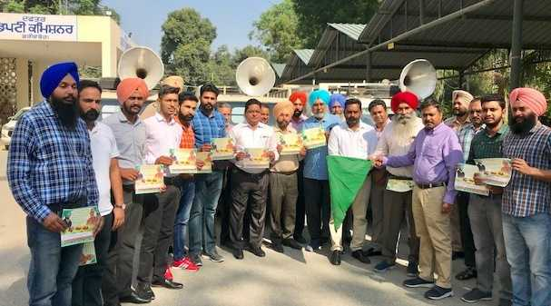 Stubble burning awareness vans flagged off