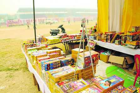 34 firecracker stalls to come up at 3 sites
