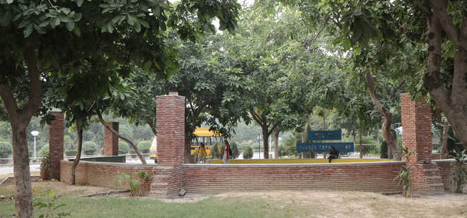 Amphitheatre comes up at Guru Nanak university