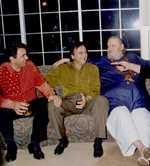 Dharmendra, Sunil Dutt, Shammi Kapoor in one frame, Twitter calls them 'legends'