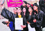 725 students get degrees