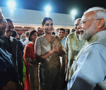 Selfies of PM Modi with Kangana, Sonam, Ekta at Gandhi event gets Twitter talking