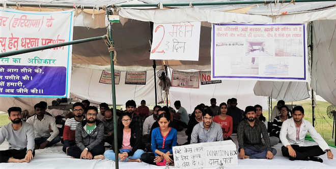 Won't end stir until shifted, say Jhajjar MBBS students