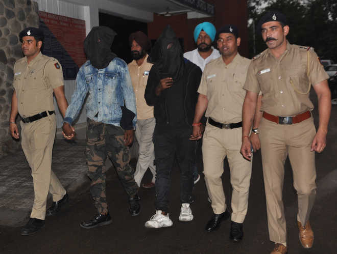 2 Nigerians among 3 arrested with Rs 6-lakh heroin