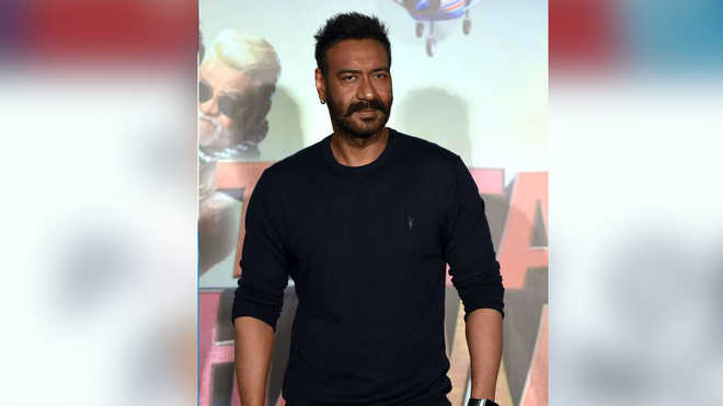 Have seen your graph grow from strength to strength: Akshay on Ajay''s 100th film
