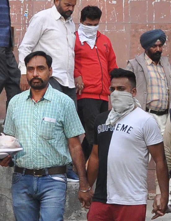 Mohali STF nabs two Dhanas residents with 265-gm heroin