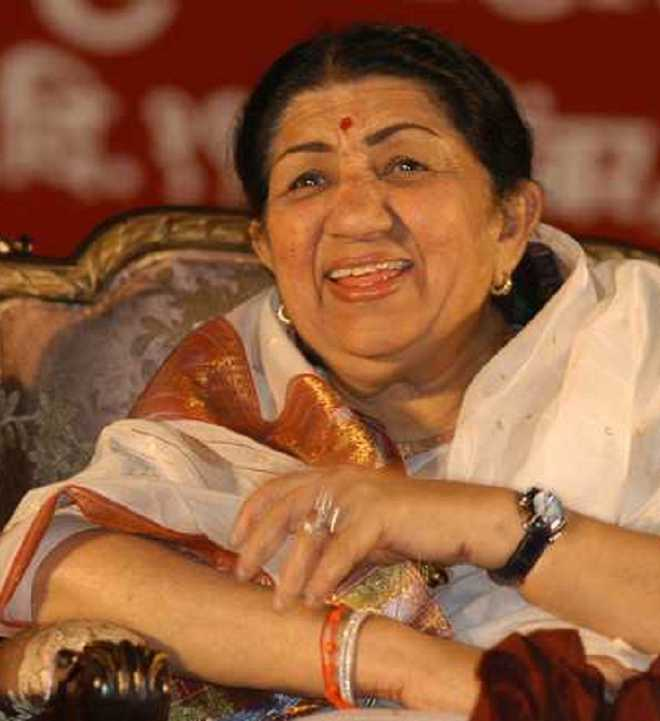 Lata Mangeshkar has pneumonia, chest infection; will recover in time: Hospital