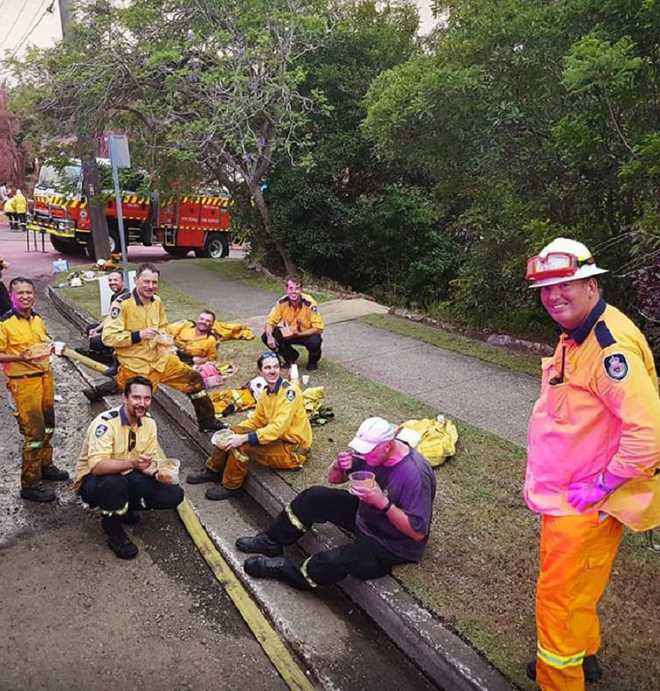 Sikh community serves home-cooked meals to Aussie fire-fighters, wins hearts