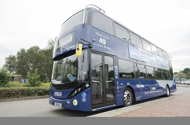 2 Indian-origin drivers in line for UK's top bus driver award