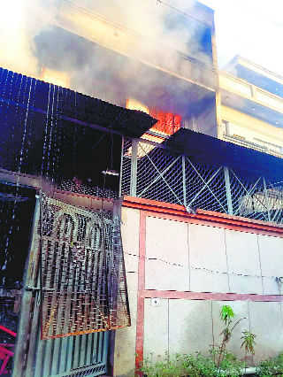 Fire at shoe factory, 1 charred to death