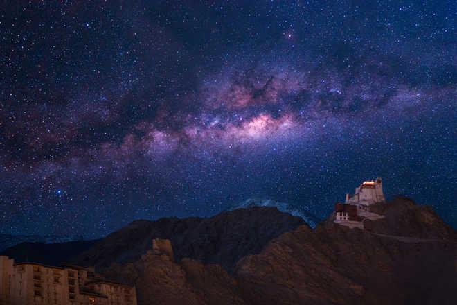 Hubble finds dwarf galaxy in our cosmic neighbourhood