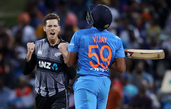 Bleeding Blue: 16 off 6 too much for 2 Indias