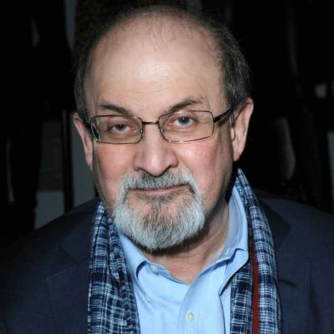 30 yrs after fatwa, Rushdie says doesn't want to hide