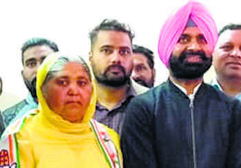 Akali Dal leader joins Congress