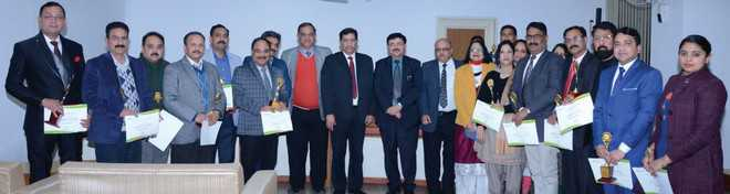 J&K Bank felicitates its staff for achieving target