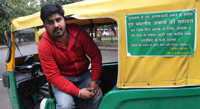 Auto driver wants Pulwama avenged, offers free ride