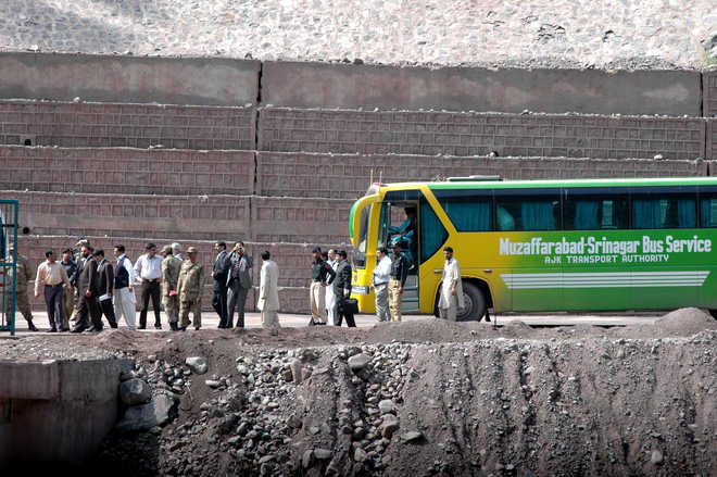 Cross-LoC bus service suspended for a day