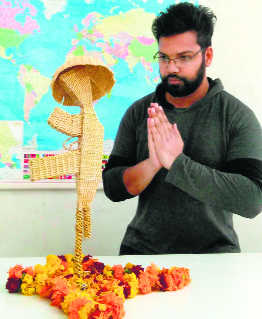 Grass artist on a mission to empower visually impaired