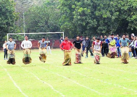 Gurvinder, Mamta, Divyanshi win gold