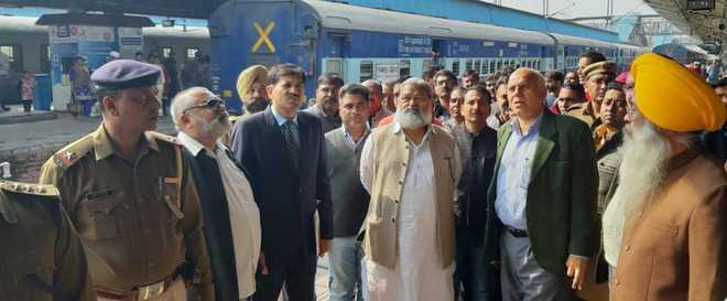 Vij: Strengthen security at Ambala Cantt rly station