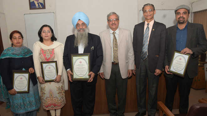 Research & publication award ceremony organised at PU