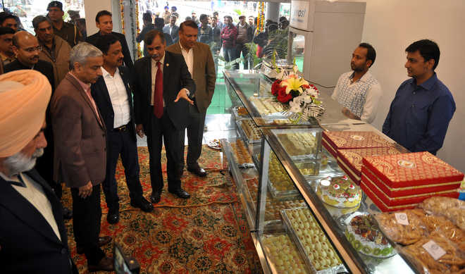 Outlet selling products made by Burail Jail inmates inaugurated